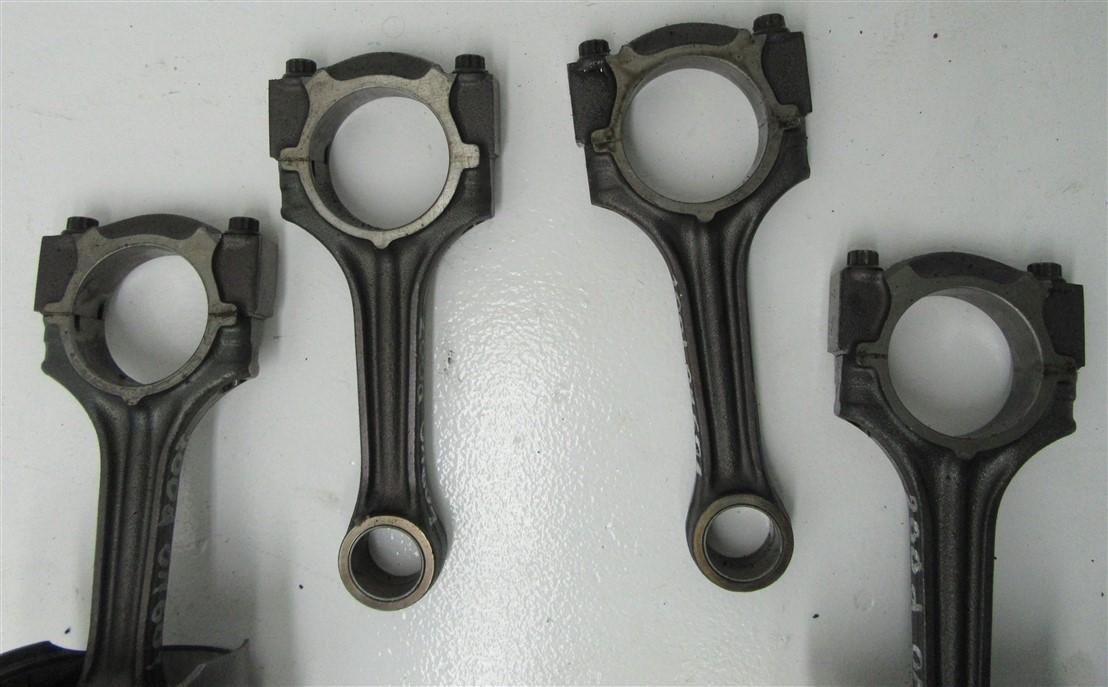 ШАТУН MERCEDES W124 2.0 D OM601 200D.912