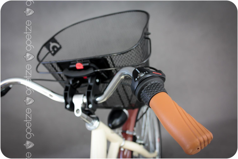 Dámsky mestský bicykel GOETZE 26, 3-rýchlostný kôš zadarmo!  Materiál rámu oceľ