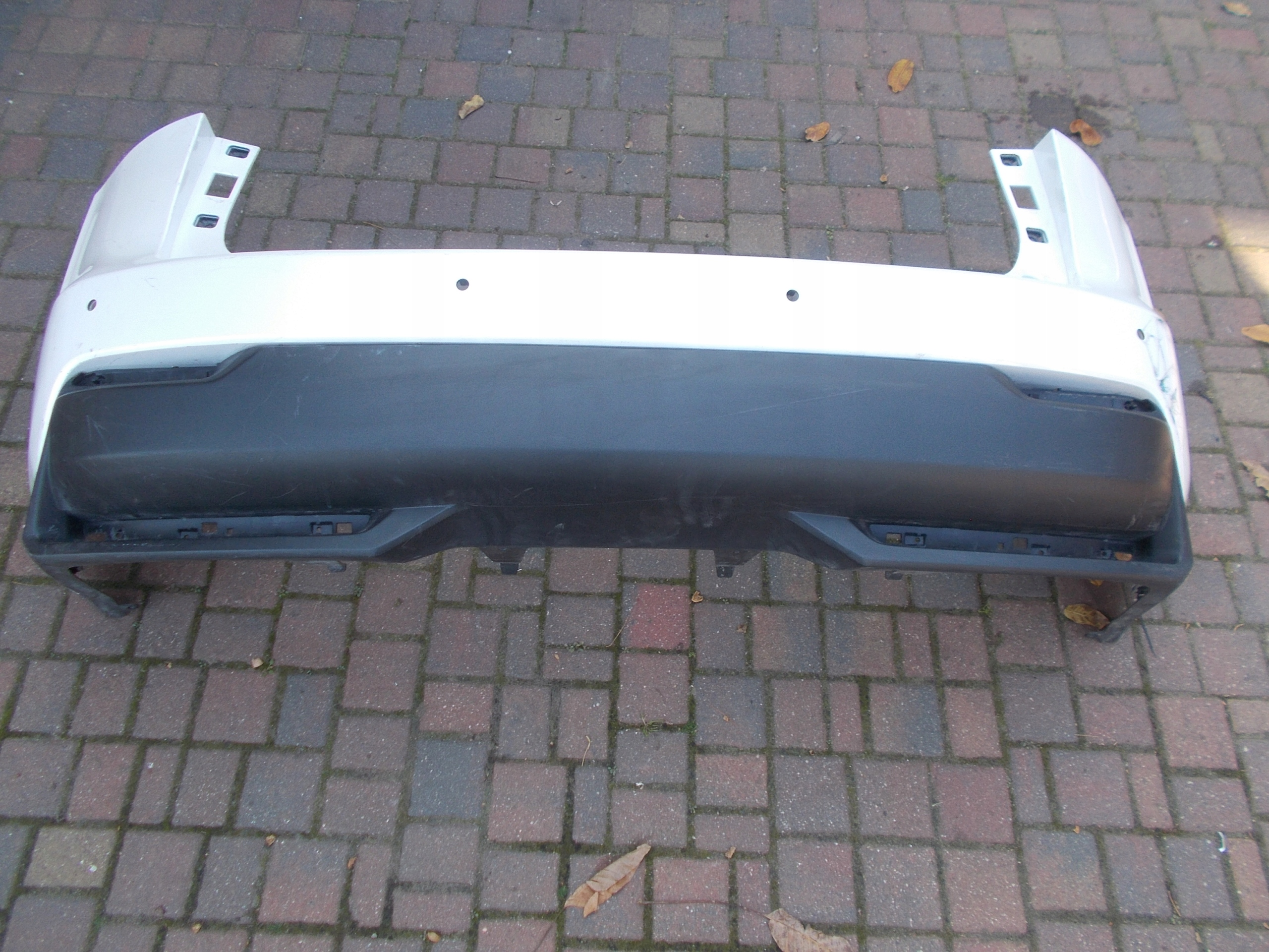 бампер сзади задняя панель lexus nx 200 h pdc