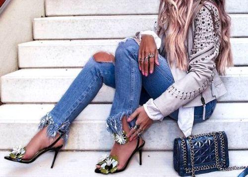 ZARA džínsy vintage kvetinové výšivky - 40