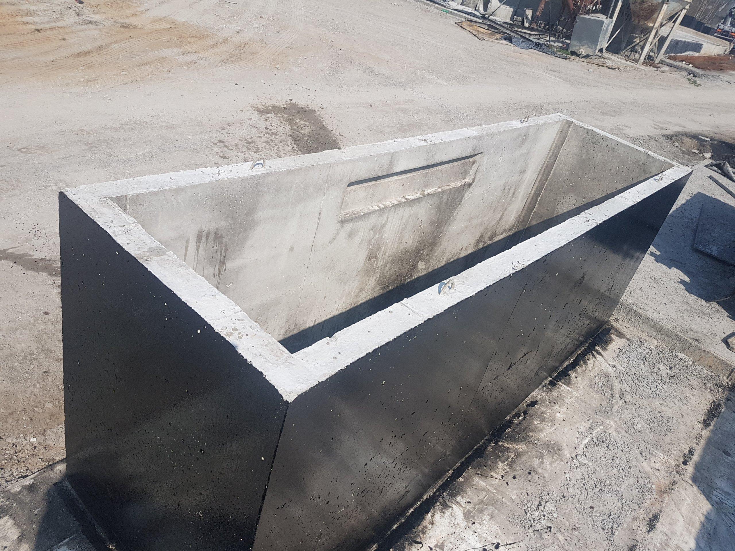 Item The automotive channel, channels, concrete, 4.5 m long, Reliable