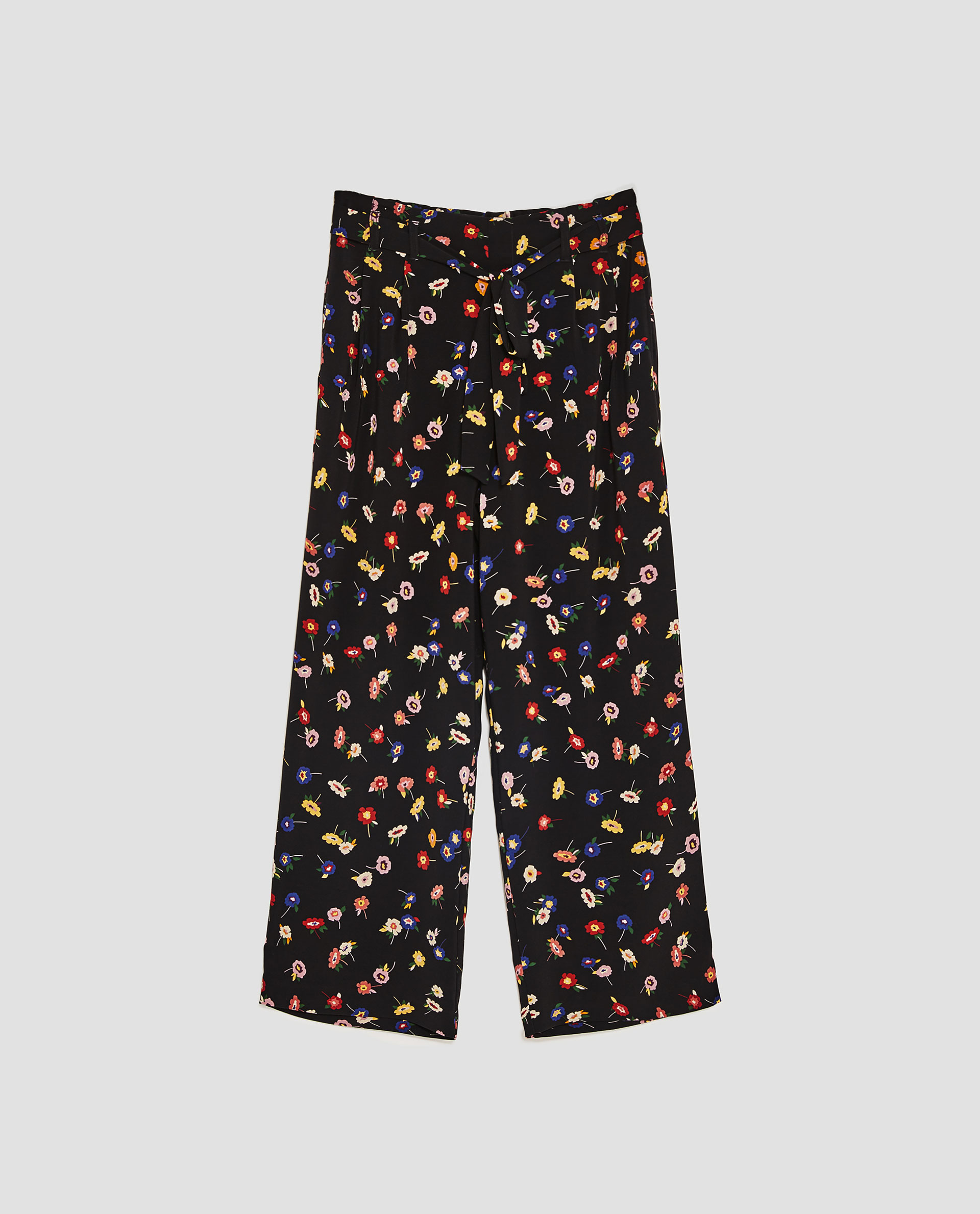 2e31015d ZARA - czarne luźne spodnie w kwiaty - M