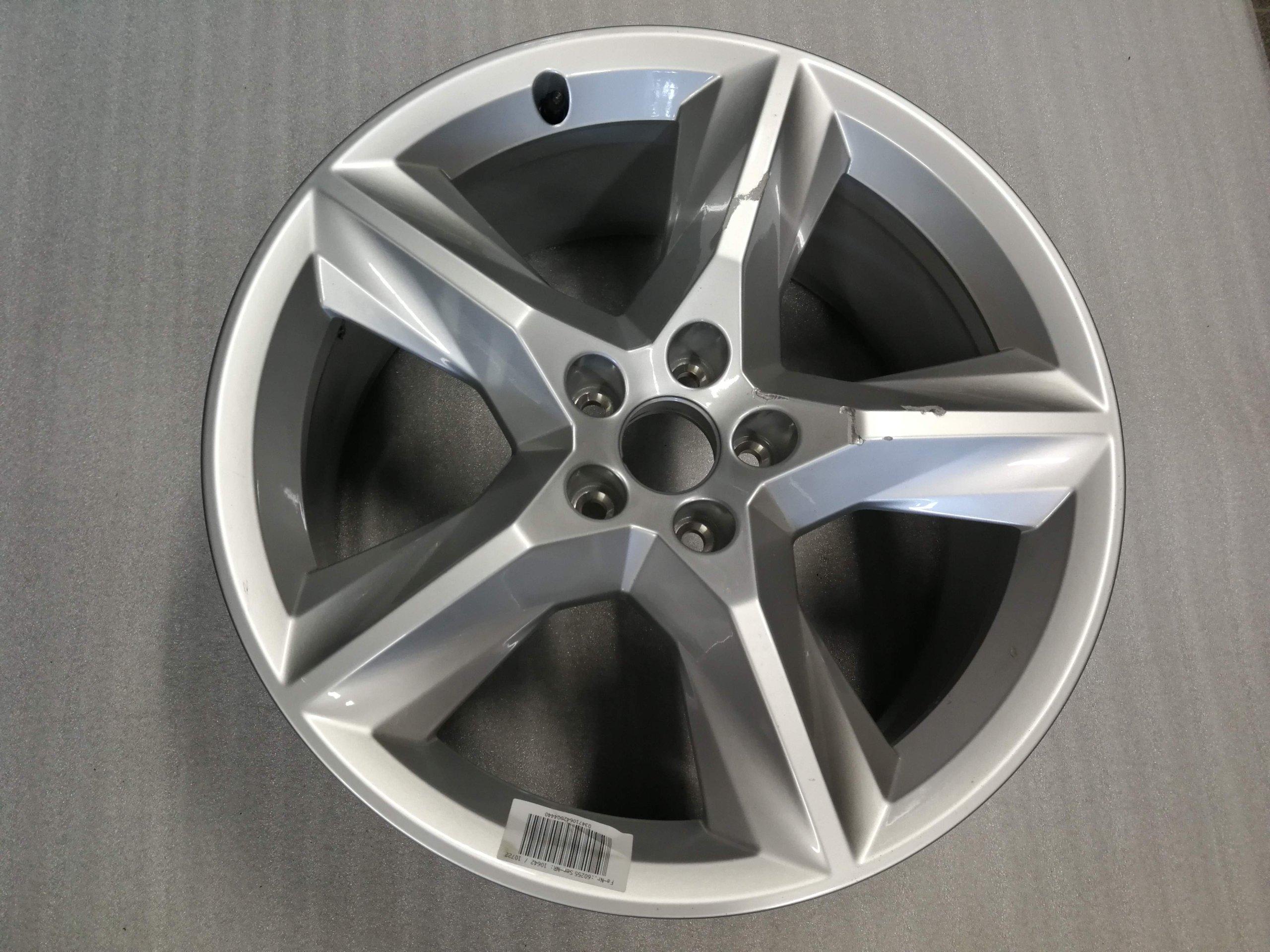 Felga Aluminiowa 19 Do Audi Q7 4m0 601 025 Ac 7375157399 Allegropl
