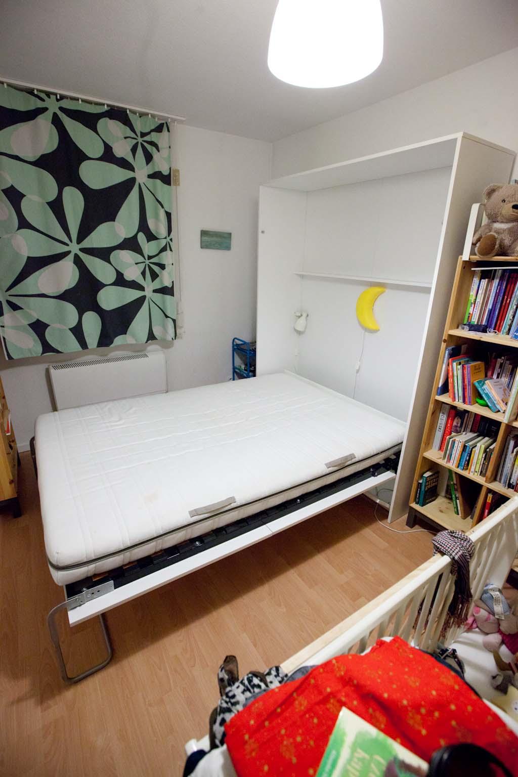 Pełnowymiarowe Składane łóżko Chowane W Szafie