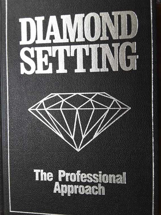 """książka """"Diamond Setting"""""""