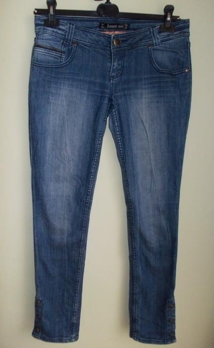 Spodnie rurki jeansowe z ćwiekami HOUSE ( 38 / 40