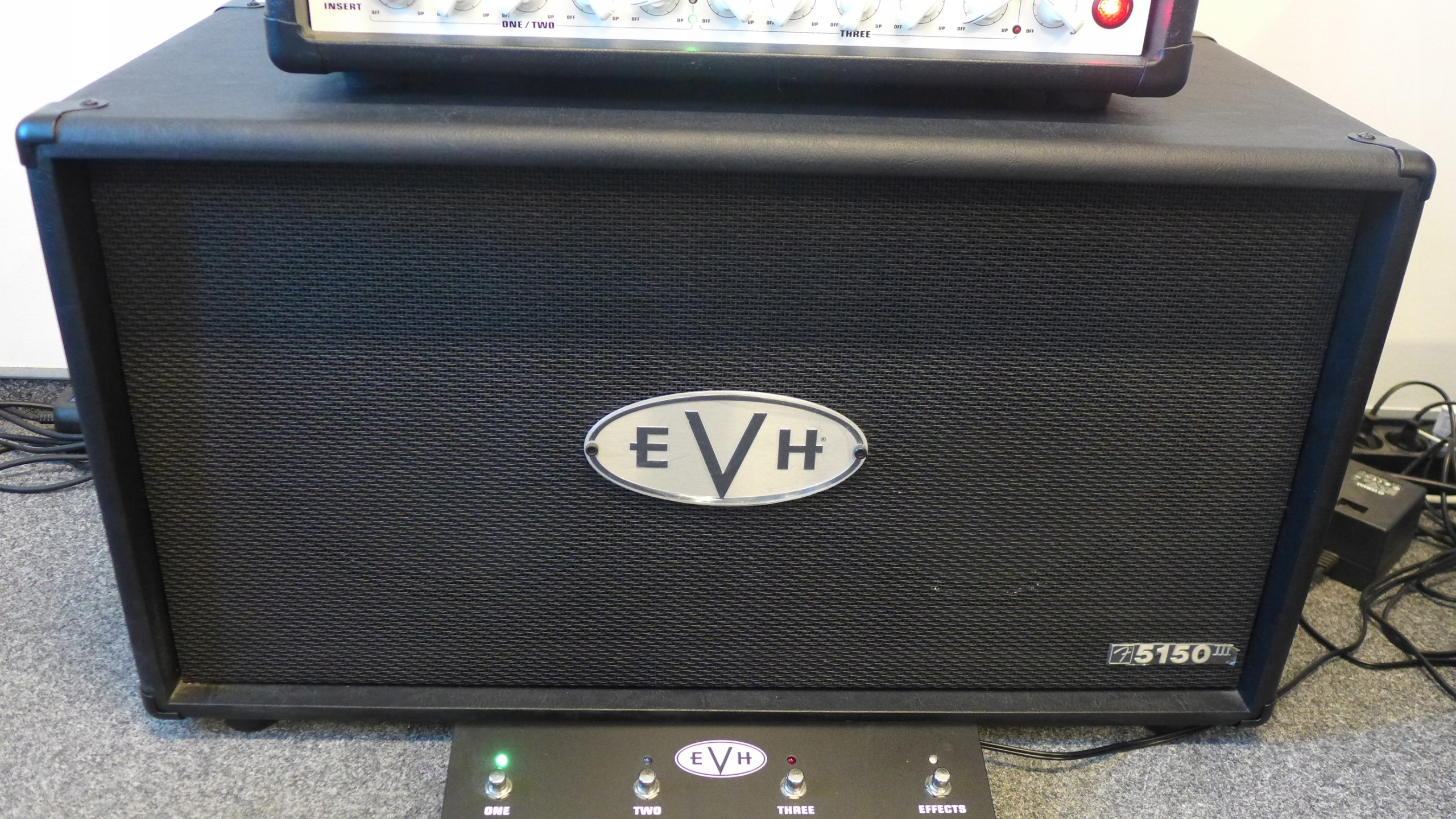 Kolumna gitarowa EVH 5150 III 2x12 Straight Cab