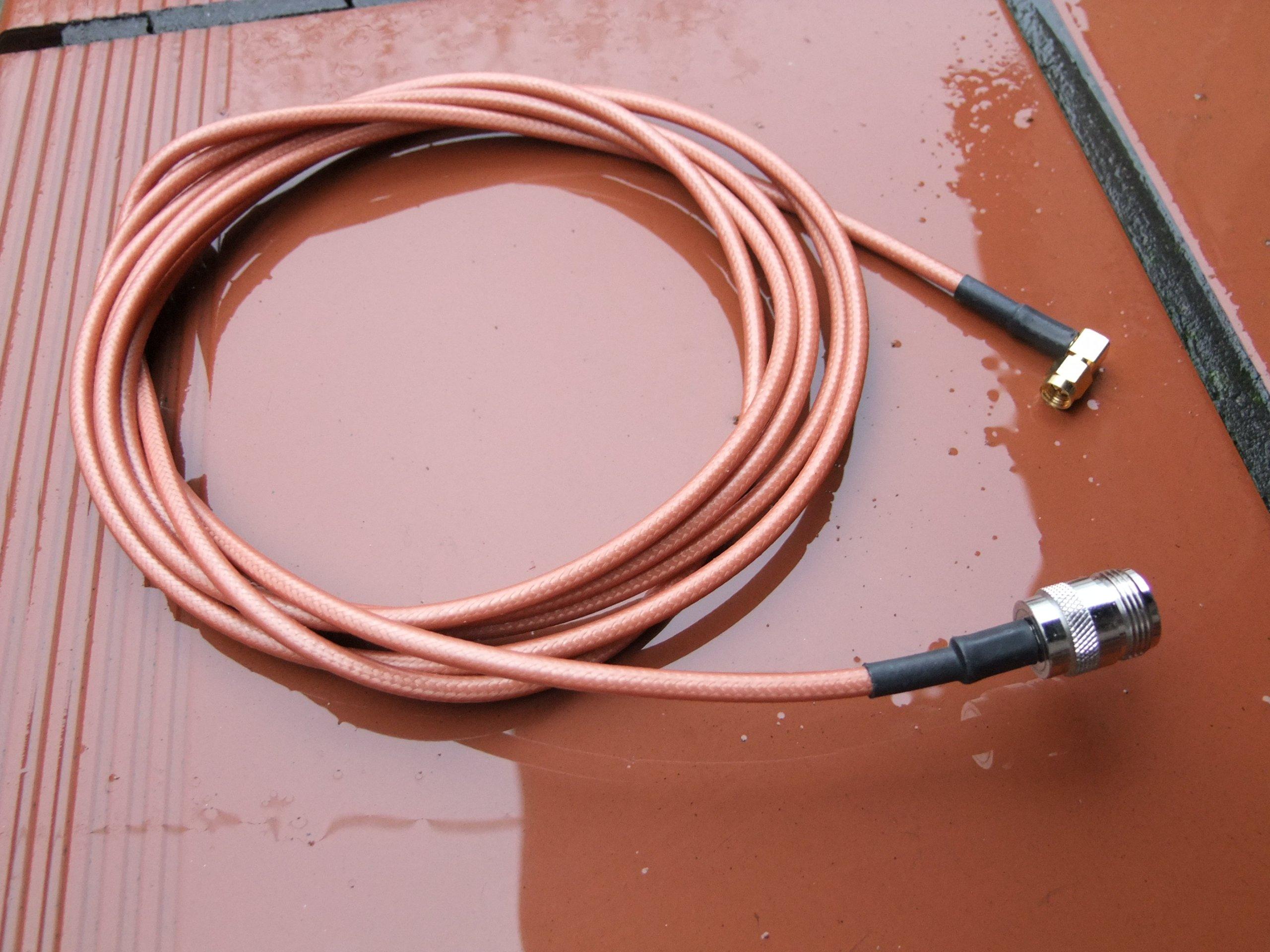 Kabel antenowy (RG-??)odcinek 3m. Złącza N/SMA