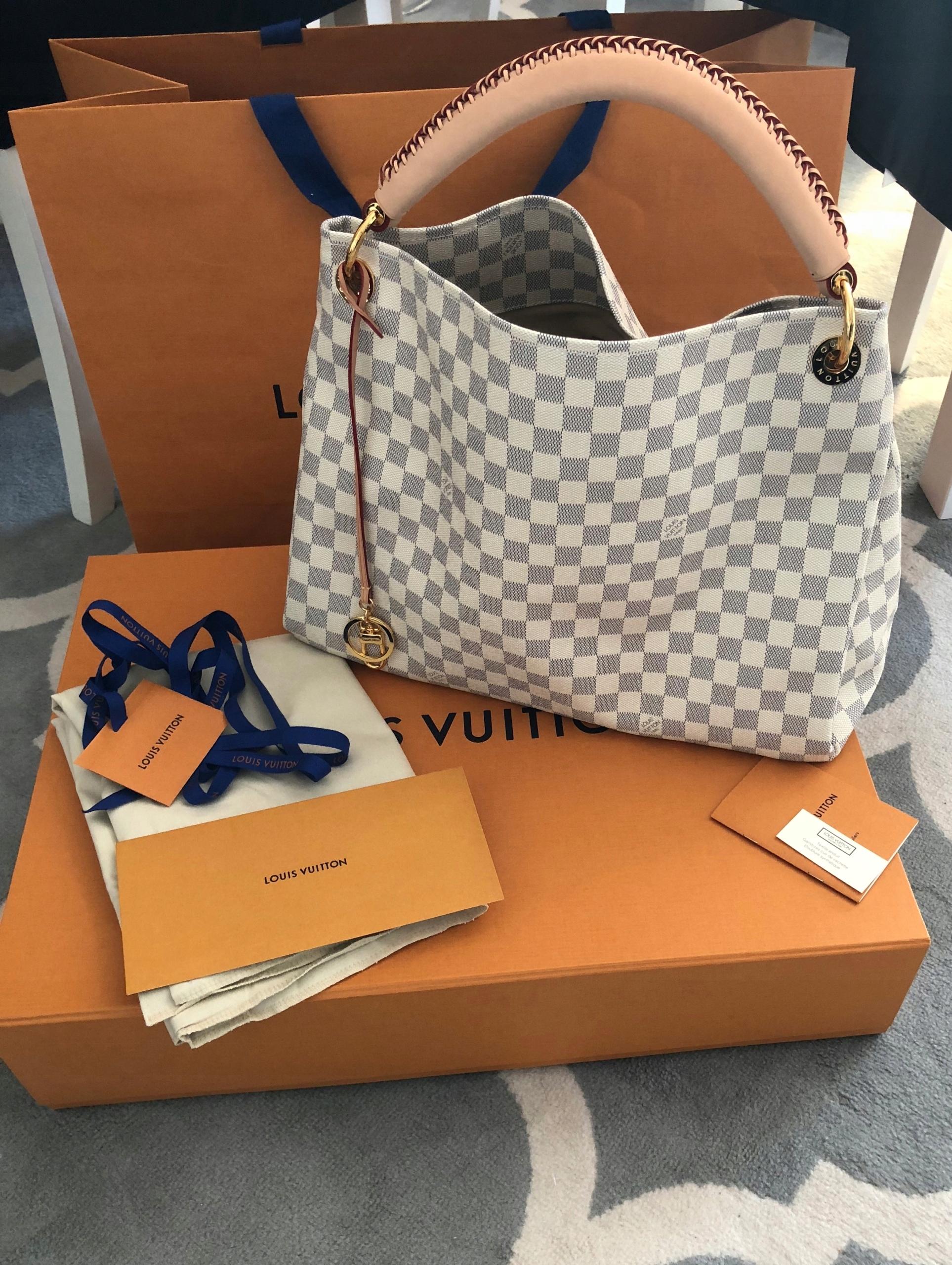 Louis Vuitton Artsy MM Dam. Azur rachunek - 7525399035 - oficjalne archiwum  allegro b17f8f41a46