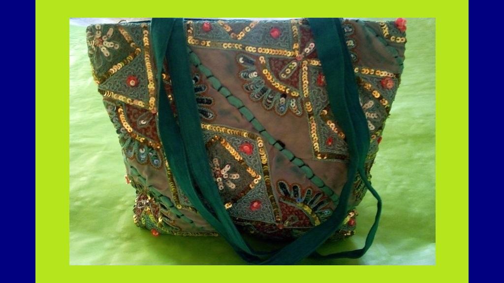f32635dce7c70 Torebka tekstylna z haftami i cekinami - 7334989322 - oficjalne ...