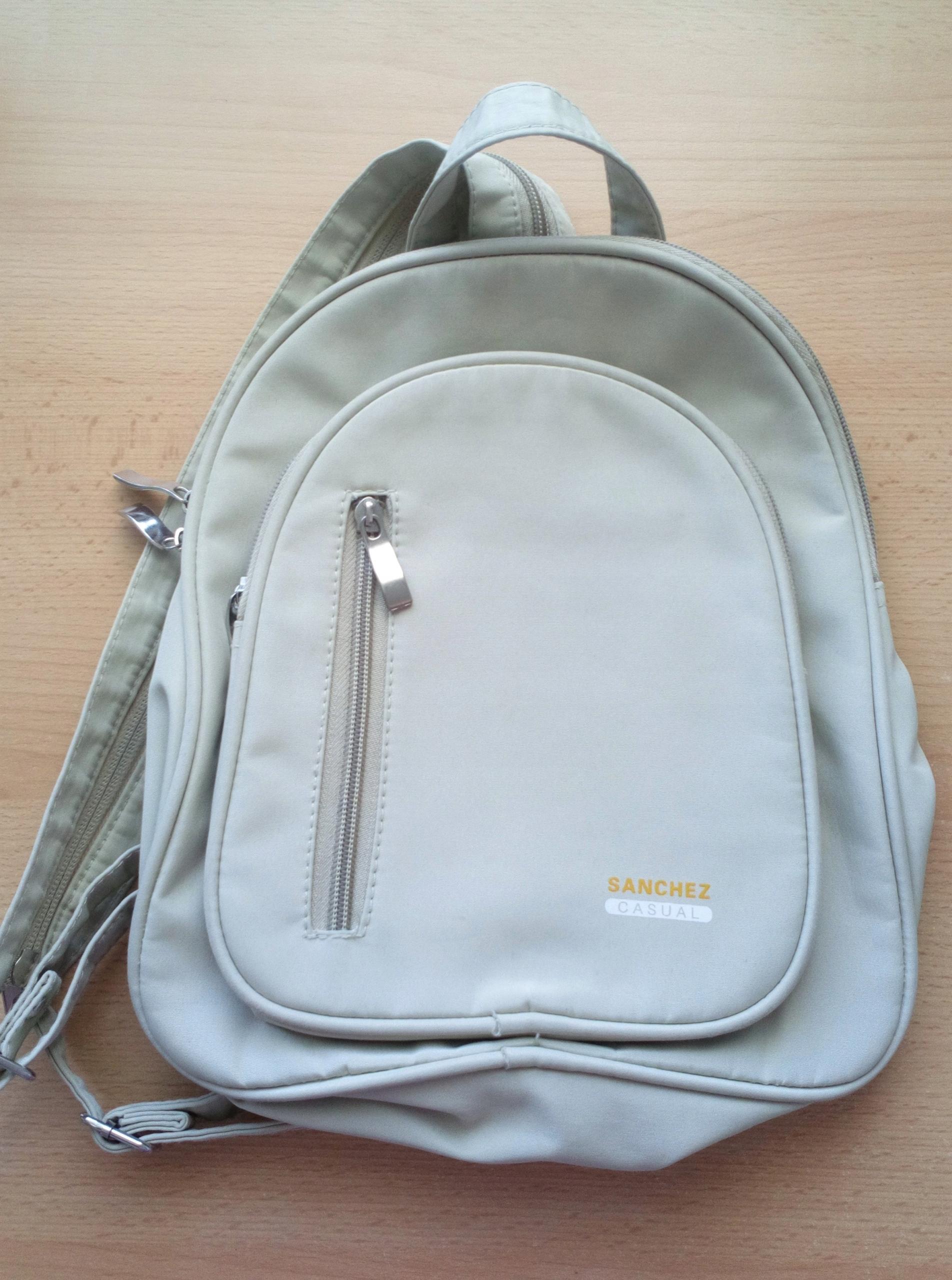 2227e7ddd5ac0 Plecak mały SANCHEZ CASUAL - dużo kieszeni - 7601761213 - oficjalne ...