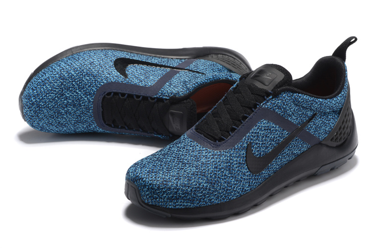 buy popular ce0e3 2bcf9 Nike Lunarestoa 2 Essential 821772-400 BLUE 41