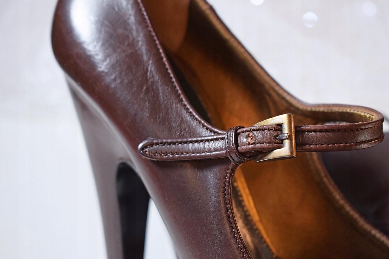 3b46943d709b4 Buty PRADA - oryginalne szpilki vintage rozmiar 39 - 7578143591 ...