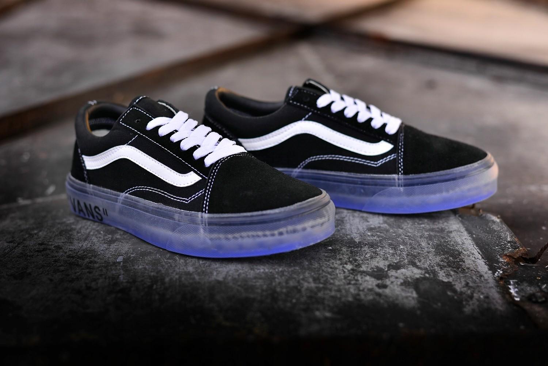 specjalne do butów w magazynie ujęcia stóp Trampki Vans Old Skool Virgil Abloh rozmiar 39 - 7426981317 ...