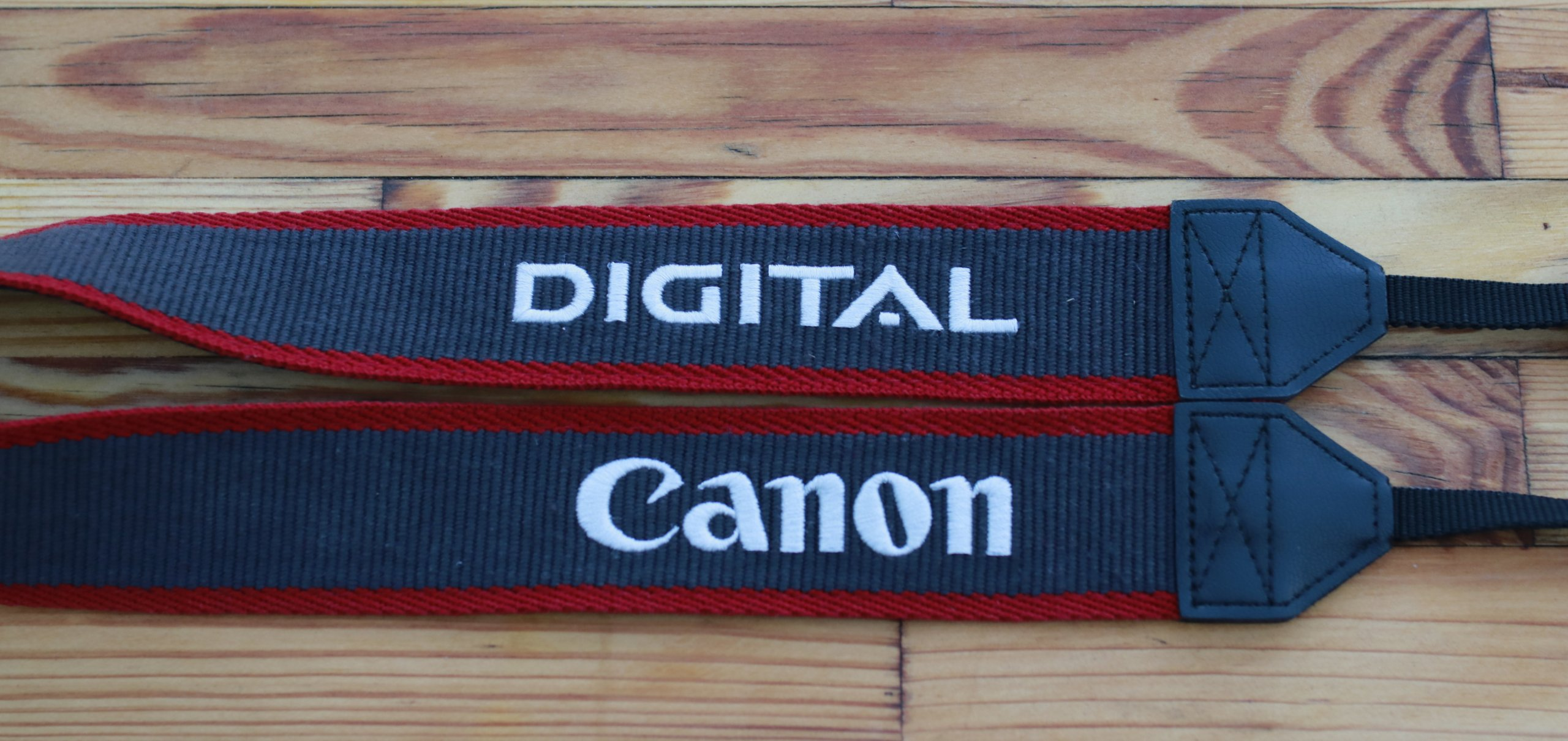 298bef68ac8f CANON EOS DIGITAL - pasek do aparatu - 7295867258 - oficjalne ...