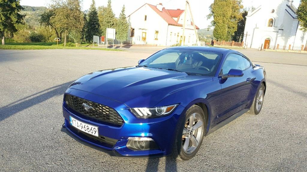 Ford Mustang--3,7--Manual