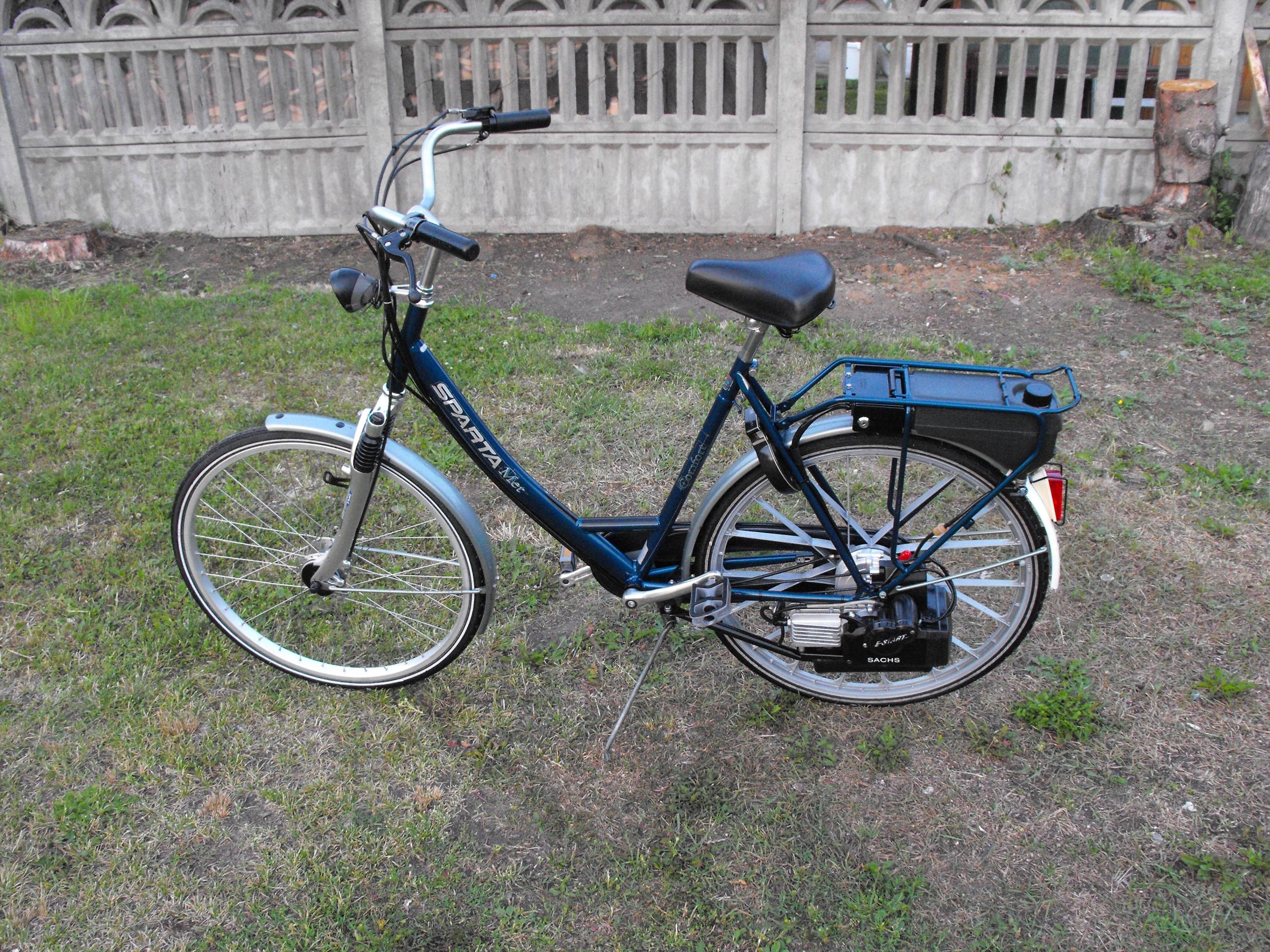 Rower z silnikiem spalinowym SACHS Sparta E-start