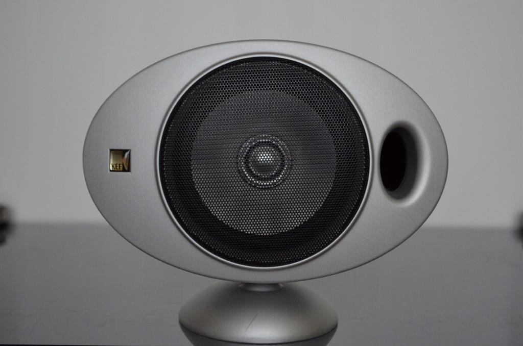 KEF KHT2001 (5szt głośników + 2 oryginalne stendy)