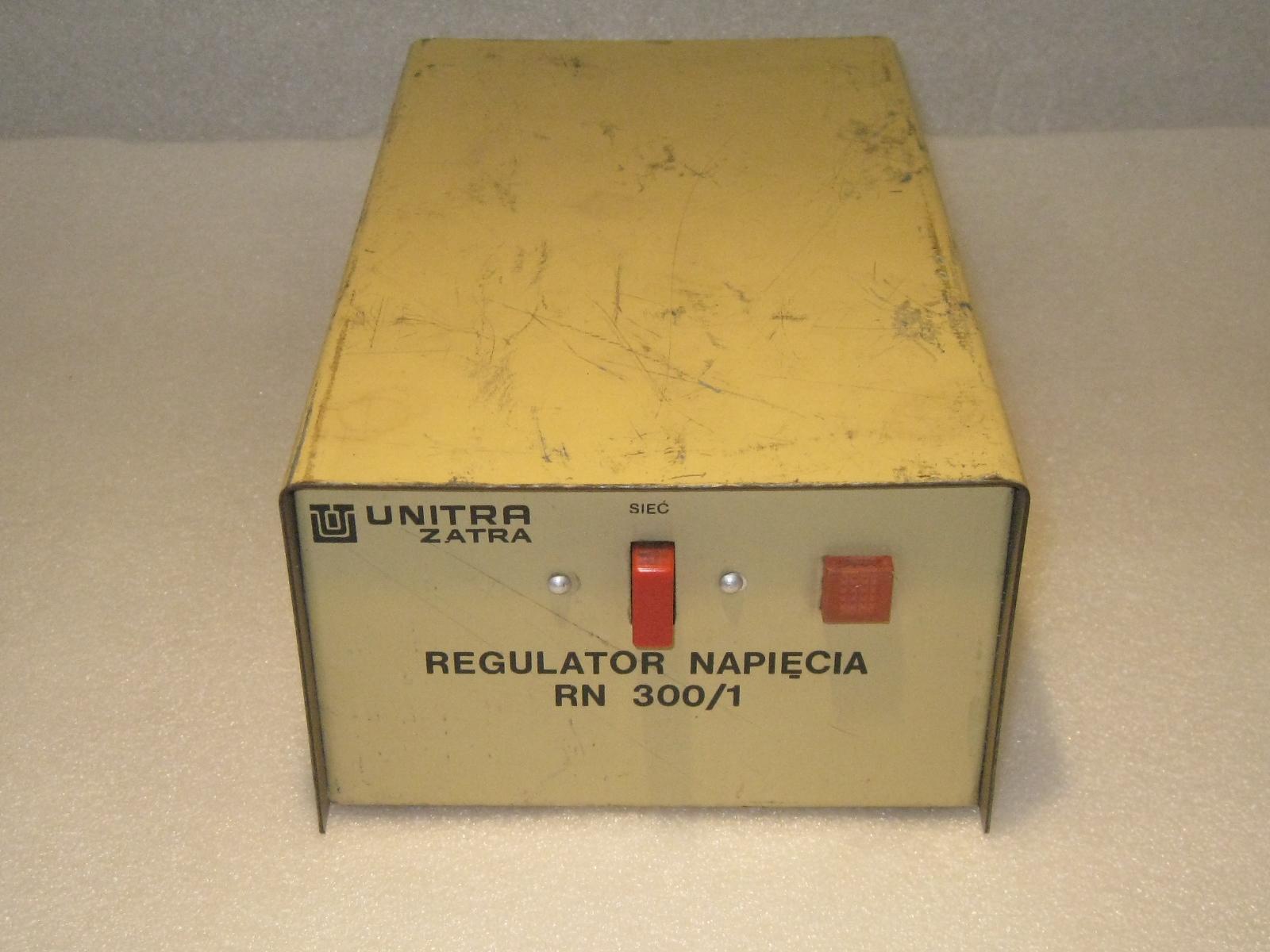 UNITRA ZATRA REGULATOR NAPIĘCIA 300W TRAFO TS400/1