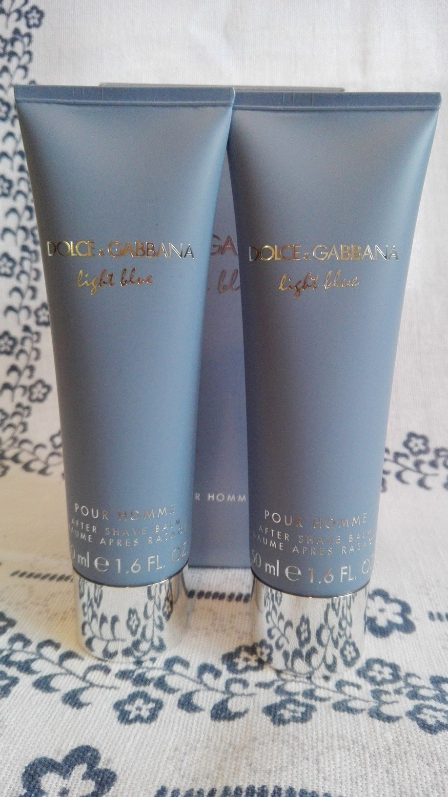 Dolce Gabbana Light Blue baslasm po goleniu -50%
