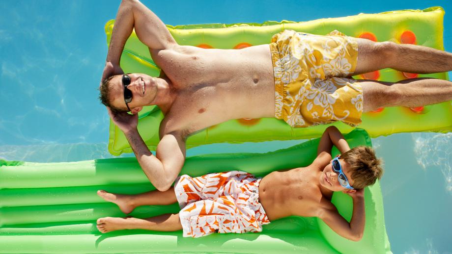 Nie tylko wpław – na czym pływać podczas wakacji?