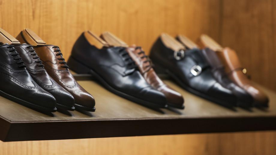 efec576a8c93f Oxfordy czy derby – jakie buty założyć na eleganckie przyjęcie sylwestrowe?