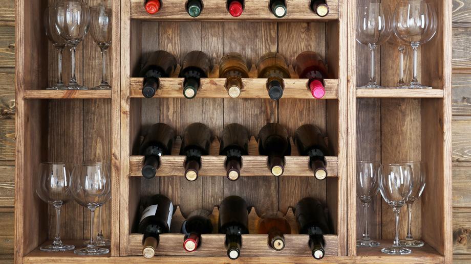Przechowywanie alkoholu w domu i mieszkaniu – estetyczne rozwiązania