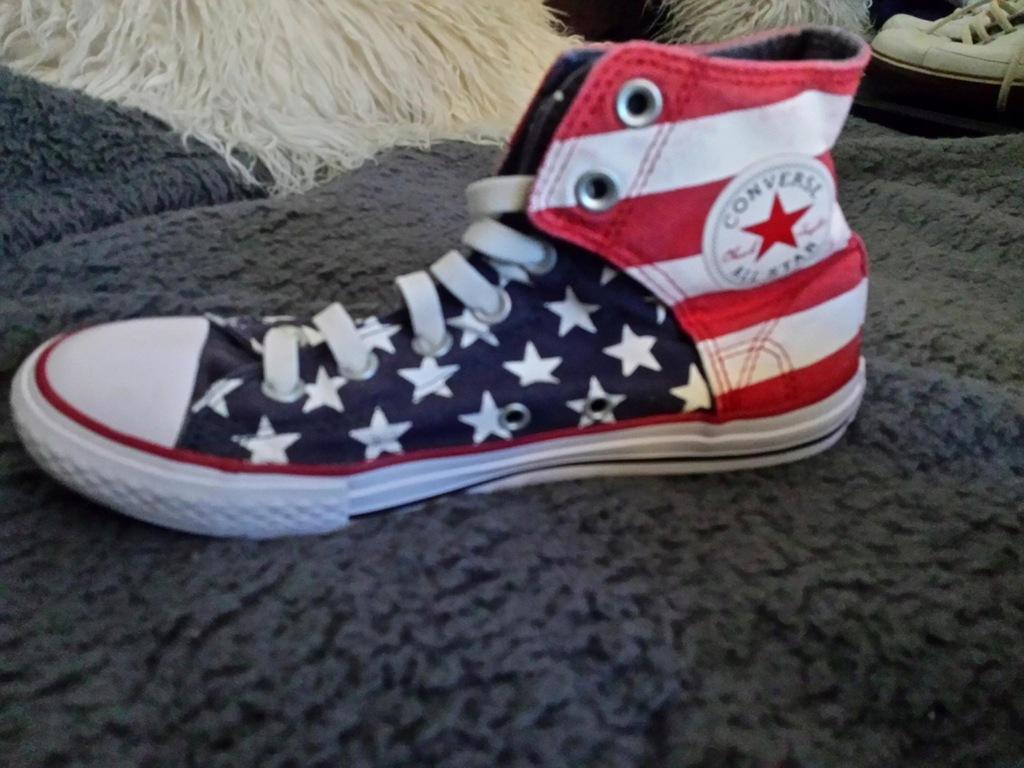 9. CONVERSE FLAGA USA TRAMPKI rozm. 36,5