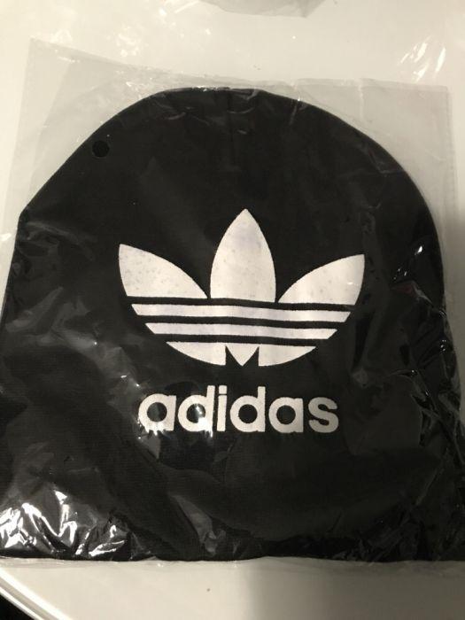 Czapka dla dziecka Adidas czarna nowa
