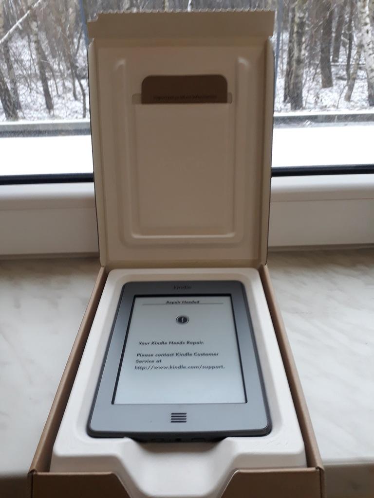 Czytnik Kindle Touch 4 gen. No D01200 uszkodzony