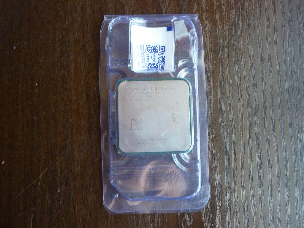 AMD A8-3870K @ 3.00 GHz socket FM1 Radeon HD 6550D