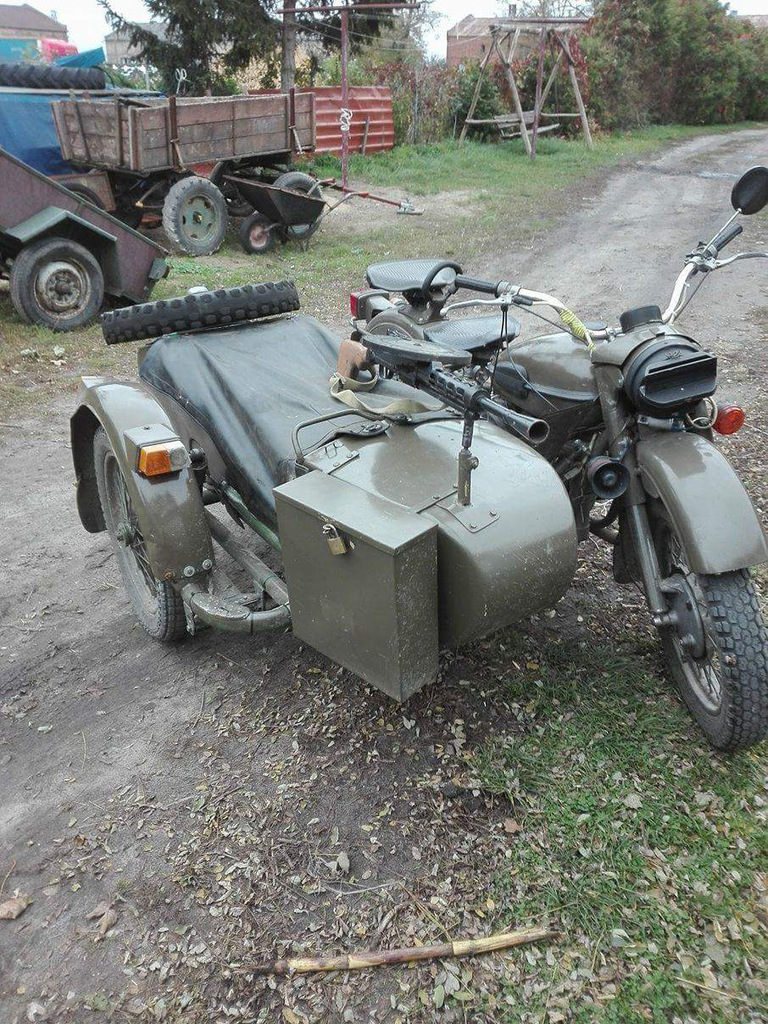 Motor Ural z bocznym wózkiem
