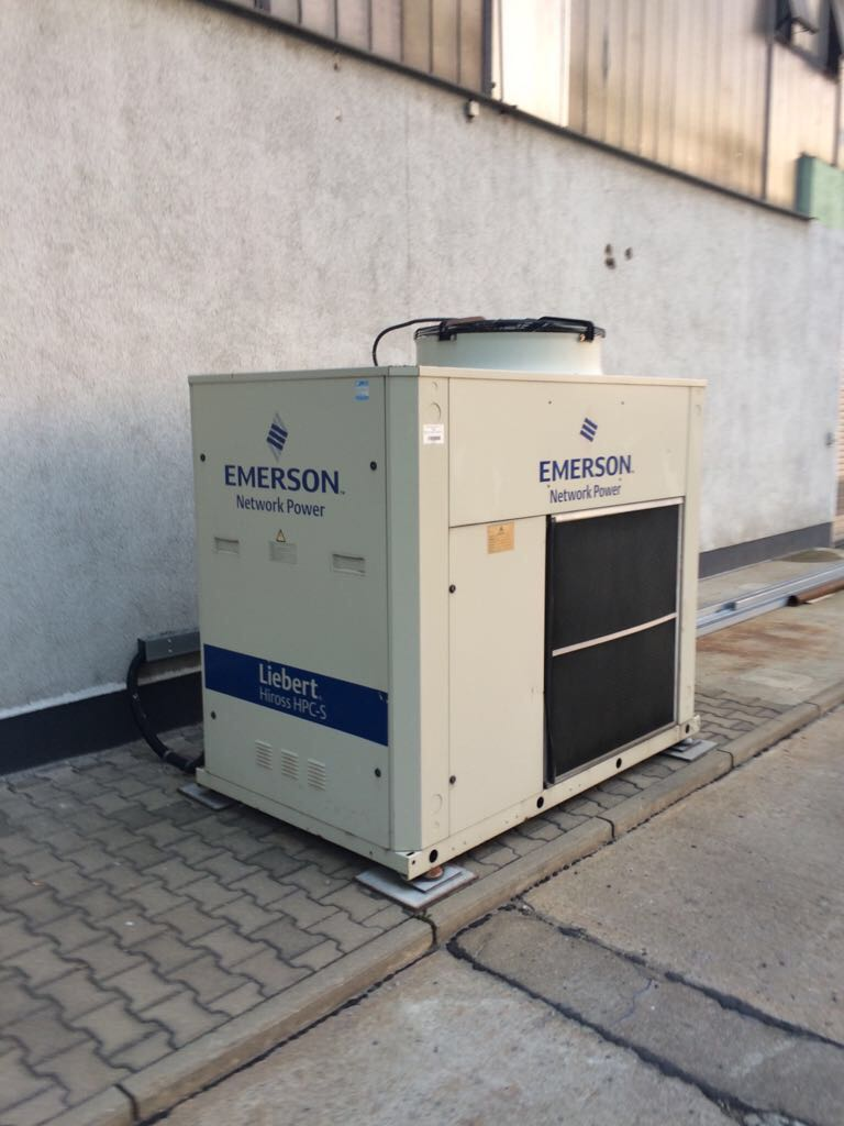 Chiller Emerson wytwornica wody lodowej 53,4 kW