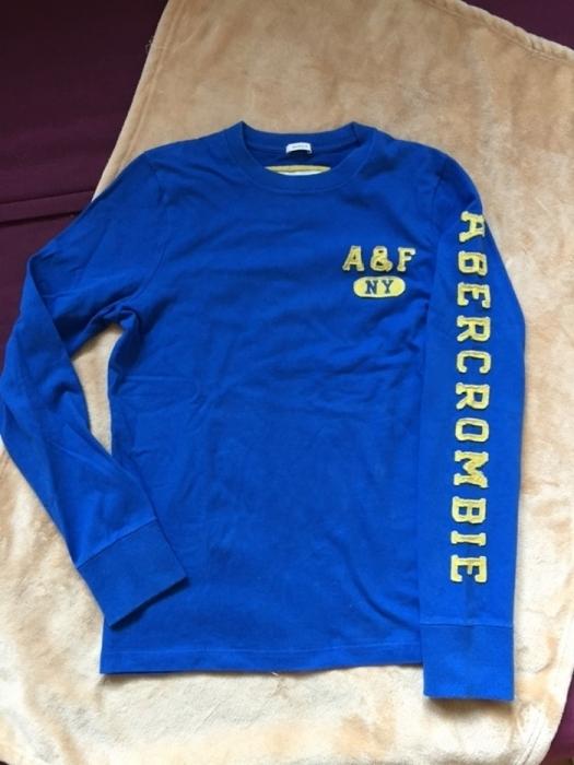 Abercrombie and Fitch niebieska bluza koszulka S