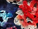 LIPSY ażurowa ołówkowa sukienka w kwiaty 36 S Wzór dominujący kwiaty