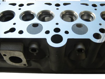 головка блока цилиндров клапаны mitsubishi pajero л200 2.5 td новая - фото
