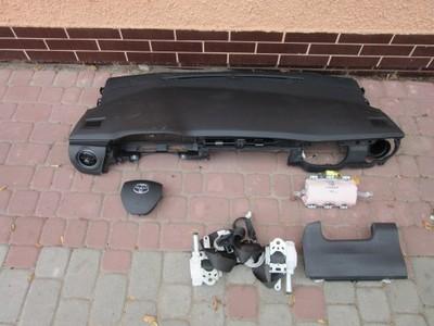 Toyota Auris II 2 доска, консоль, airbag водителя ремни