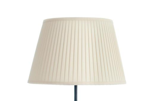 7d3b87d1 Ręcznie plisowany abażur na lampkę od producenta.