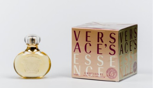 versace essence emotional